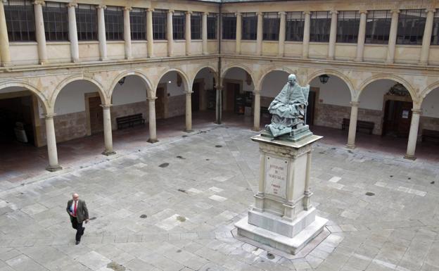 La Universidad de Oviedo acabará el curso online